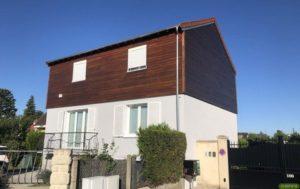 Peinture décorative et lasure pour l'entretien du bois sur une maison située à Conflans Ste Honorine (78) après
